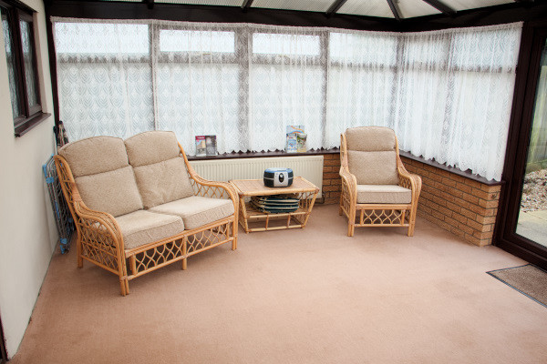 Long Acres holiday cottage conservatory seating